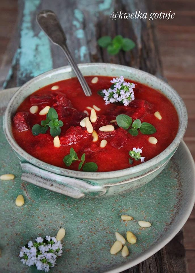 Zupa pomidorowo-buraczkowa